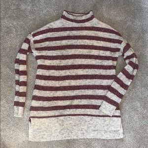 AMERICAN EAGLE OUTFITTERS Striped Sweater